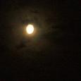 幻想的な月